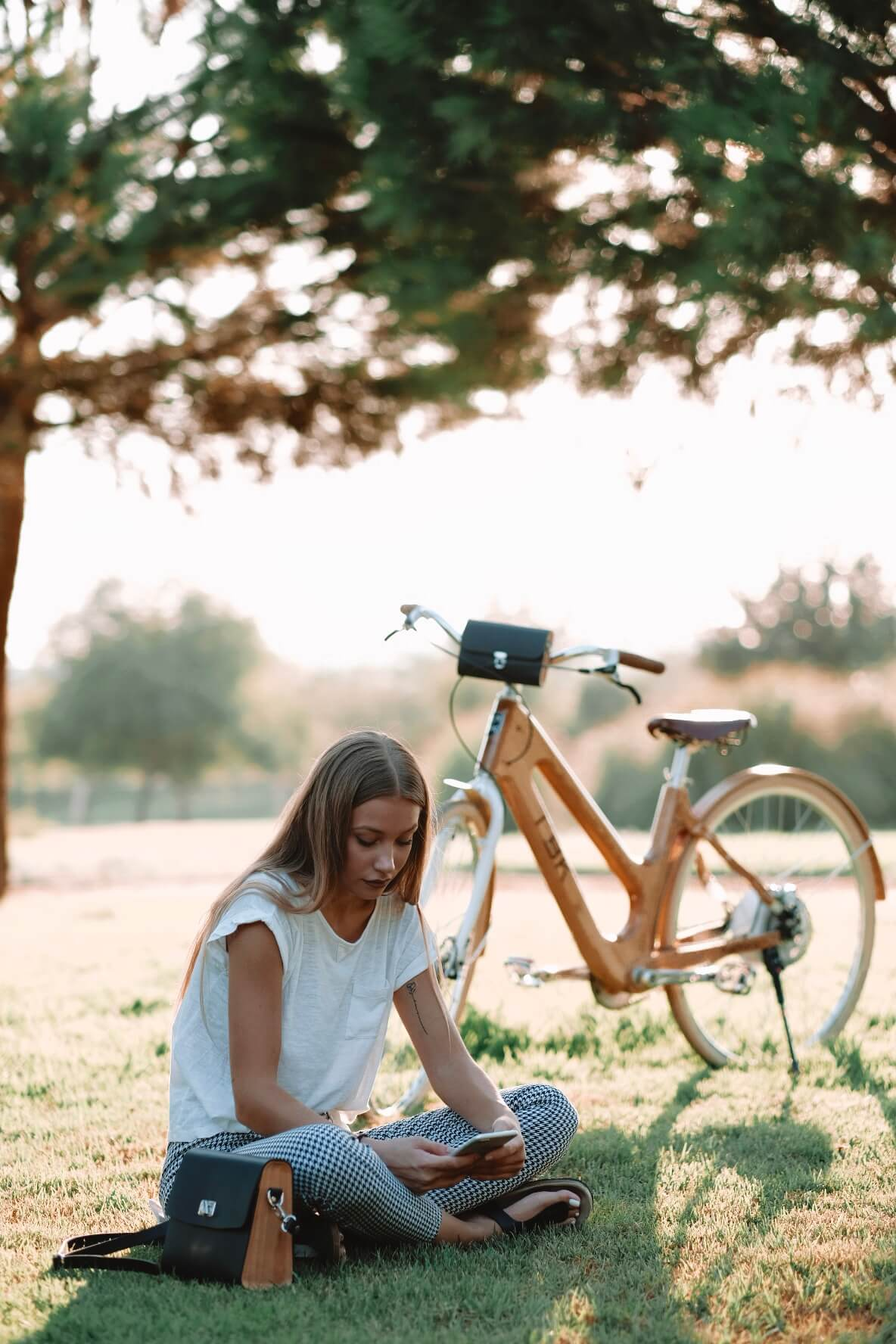 EcoFriendly hand made wooden Bags and bikes